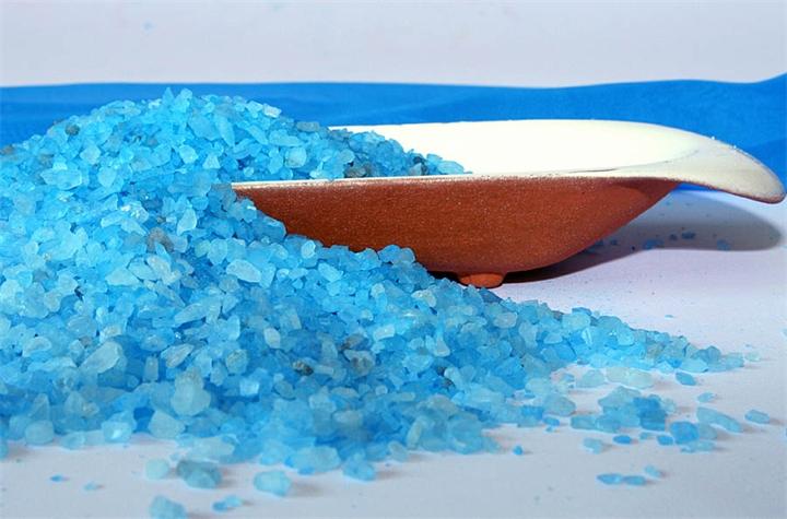 гранулы морской соли