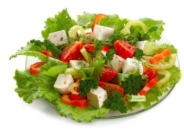 салат и сыр
