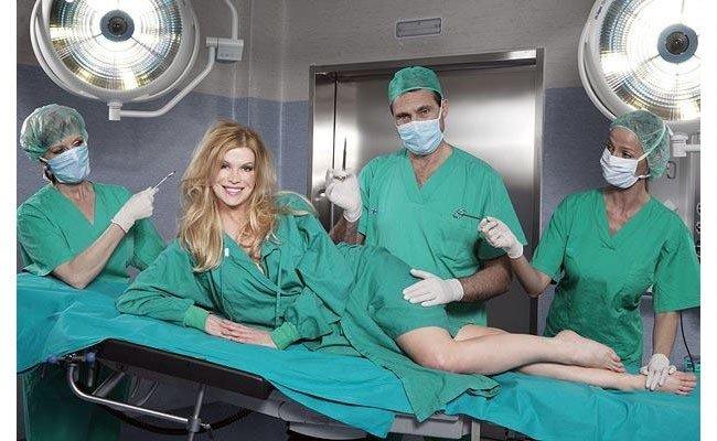 женщина на операционном столе